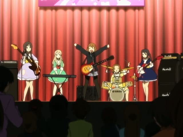 K-On! K-on-playing-for-the-school