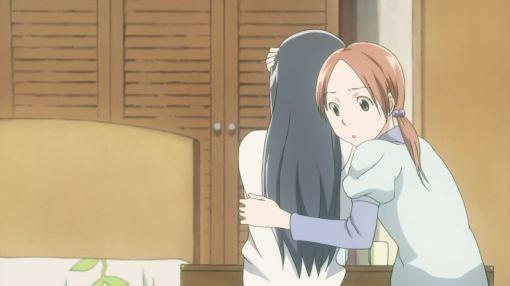 Akira comforting Fumi